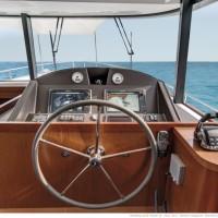 Яхта Beneteau Swift Trawler 50 - пост управления
