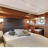 Яхта Beneteau Swift Trawler 50 - каюта владельца