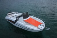 Катер Beneteau Flyer 6.6 SPACEdeck