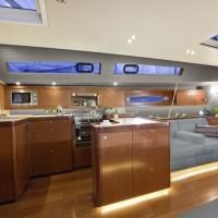 Парусная яхта Beneteau Oceanis 60 - салон