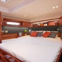 Парусная яхта Beneteau Oceanis 60 - каюта