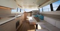 Яхта Beneteau Montecarlo 4 - салон